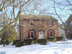 37 Schoolhouse Ln Broomall, PA 19008 home for sale Delaware County.  More information Click here: http://www.anthonydidonato.net/wordpress/2014/03/28/37-schoolhouse-ln-broomall-pa-19008-home-sale-delaware-county/ Please Contact Me for more information about this home for sale at 37 Schoolhouse Ln Broomall, PA 19008 in Delaware County and other Homes for sale in Delaware County PA and the Wilmington Delaware Areas:  Anthony DiDonato Cell Number: (610) 659-3999 or Email…