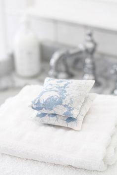 Cabbages & Roses   Lavendelpåsar White   Matilde & Co   Handla online
