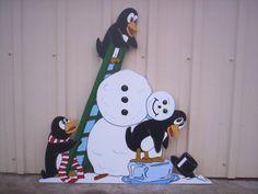 Christmas Snowman & Penguins | Penguins Building a Snowman