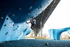 Urban Bouldering With A View — Pop-Up City