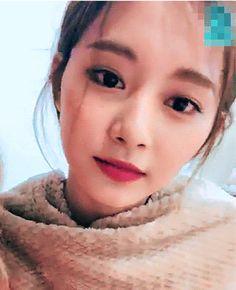 Myoui Mina, Minatozaki Sana, Tzuyu Twice, Nayeon, Girl Group, Cute Girls, Kpop, Pretty, Queens