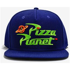 Disney Pixar Toy Story Pizza Planet Snapback Hat (€16) ❤ liked on Polyvore featuring men's fashion, men's accessories, men's hats and mens snapback hats