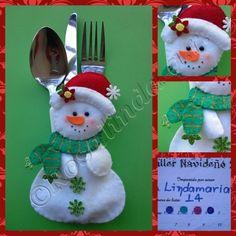 """ABIERTO"""" Taller navideño 2013 ( Enviado ultimo proyecto) Christmas Placemats, Christmas Bags, Christmas Items, Felt Christmas, Christmas Snowman, Christmas Holidays, Christmas Ornaments, Christmas Craft Projects, Felt Crafts"""