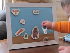 crafty ave: Read Along - The Gruffalo / Easy Felt Board How To Gruffalo Activities, Book Activities, Preschool Activities, Speech Pathology Activities, Speech Therapy, The Gruffalo, Album Jeunesse, Flannel Boards, Activity Games