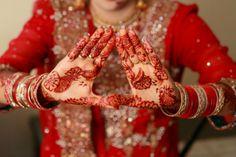 Tatuagem de henna expressa antiga arte corporal | #ArteCorporal, #Casamento, #ChristineLin, #CorantesNaturais, #Desenhos, #Planta, #Tatuagem, #TatuagemDeHenna