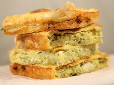 Placinta+cu+dovlecei+si+branza Vegetarian Recipes, Healthy Recipes, Healthy Food, Baking Bad, Savory Tart, Spanakopita, Baby Food Recipes, Quiche, Foodies