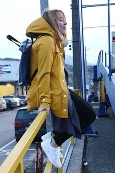 Derbe Raincoat and Freitag Bag ||| www.kitschick.at
