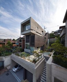 H-House in Seoul, Korea by bang by min: Firstly, the architect had to design a space where three generations could live together and privately at the same time, in order that they could behave individually while being together. Home Building Design, Building A House, House Design, Green Building, Concrete Architecture, Interior Architecture, Residential Architecture, Beautiful Buildings, Exterior Design