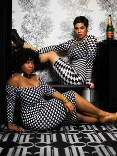 Black and white plus size dresses are also available in different quality and material and the price band is also pretty wide.