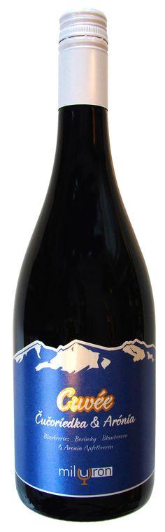 NOVINKA v našej ponuke: Cuvée Čučoriedka & Arónia, ovocné víno.  Ochutnajte víno, kde sa spojili chute Čučoriedok a Arónie ...  LINK: http://www.inmedio.sk/…/cucoriedka-a-aronia-cuvee-ovocne-vi…  #cucoriedkovevino #aronia #cuvee #blueberries #boruvky #blaubeeren #ovocnevino #cucoriedkaronia #vino #wine #wein #bluberrieswine #inmedio #in_medio #wineshop #vinoteka #slovenskevino #slovakwine #instavino #dnespijem #dnespijeme
