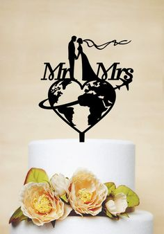 Travel themed Wedding Cake Topper Mr & Mrs by AcrylicDesignForYou