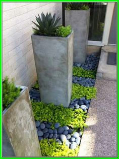 Best front Yard Landscaping Ideas and Garden Designs ... *** Wish to know more, click on the image. Low Maintenance Landscaping Front Yard, Garden Design, Plants, Garden Decor, Low Maintenance Garden, Rock Garden Landscaping, Container Gardening, Landscape, Backyard