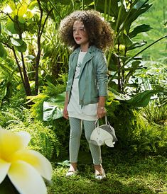 Cute little girls outfit n purse.like the color Cute Little Girls Outfits, Cute Girls, Black Gucci Purse, Diva Fashion, Fashion Kids, Kid Swag, Trendy Girl, Little Fashionista, Tween Girls