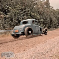 Someone called this a rat rod. What an insult to a real deal hot rod. Know what the hell you're talking about people.