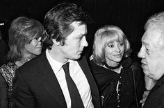 Mireille Darc et Alain Delon ARCHIVES - NATHALIE DELON, ALAIN DELON, MIREILLE DARC ET MICHEL SIMON LORS DE LA PREMIERE DU FILM