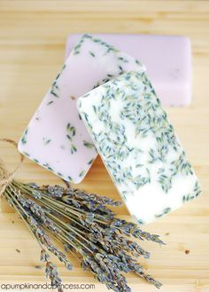 Homemade Lavender Soap - so easy to make with only 4 ingredients!