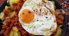 Huevos con patatas y picadillo de chorizo ¡en 10 minutos!