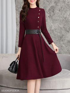 Korean Fashion Tips .Korean Fashion Tips Look Fashion, Korean Fashion, Autumn Fashion, Womens Fashion, Fashion Design, Fashion Coat, Classy Fashion, Petite Fashion, French Fashion