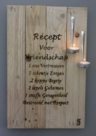 Tekstbord pallethout, reclaimed wood, Recept voor vriendschap €15,- Wood Crafts, Diy And Crafts, Wood Spoon, Photo On Wood, Pyrography, Wood Burning, Wood Projects, Chalkboard, Creations