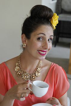 Ah Suzelle is brilliant! We chatted to Suzelle DIY and she's as funny as ever Youtubers, Dyi, African, Pure Products, Coffee, Friends, Celebrities, Funny, Crafts
