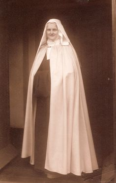 Carmelite Novice