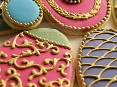 how to make gold royal icing