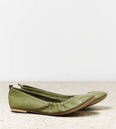 AEO Scrunched Ballet Flat