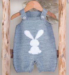 "Baby Knitting Patterns Romper Modèle combinaison jacquard layette - Modèles Layette - Phildar [ ""Modèle com. Baby Boy Knitting, Knitting For Kids, Baby Knitting Patterns, Crochet For Kids, Baby Patterns, Baby Knits, Knit Baby Sweaters, Knitted Baby Clothes, Knitted Romper"