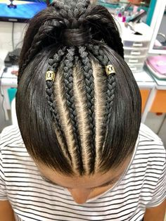 Save by Hermie Weave Ponytail Hairstyles, Work Hairstyles, Pretty Hairstyles, Hair Upstyles, Natural Hair Styles, Long Hair Styles, Hair Laid, Girls Braids, Braid Styles