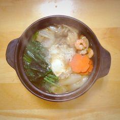 寒い日は暖かいものがおいしいです(*´∀`) - 3件のもぐもぐ - 鍋焼きうどん by asuka214
