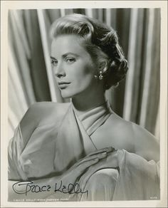 PSA AutographFacts™ - Grace Kelly