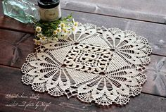 HAZEL*Eternal chain crochet doily is lovely.
