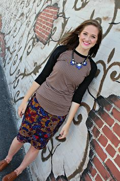 http://lularoemegantracy.blogspot.com/ LuLaRoe Cassie Randy Pattern mixing Fall Style  Petite fashion