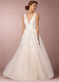 A-Line/Princess V-neck Floor-Length Tulle Wedding Dress With Beading Appliques Lace Sequins