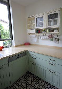 עיצוב כולל של בית-מכבים כאן: מטבח