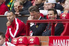 Trước báo giới, cựu tiền vệ của MU, Paul Scholes đã bày tỏ mối lo ngại về khả năng đế chế MU sẽ sụp đổ, giống như Liverpool trong những năm 90 của thế kỷ trước.