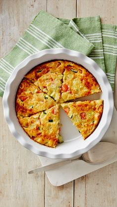 Garden full of zucchini? Transform tender, fresh squash into a delicious dinner pie, made easy with Bisquick! Company coming over? Assemble your pie a few hours ahead of time and place it in the refrigerator. Just before your guests arrive, bake and enjoy warm pie right out of the oven!