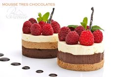 Three chocolates mousse with raspberries, Desserts, Three chocolates mousse with raspberries. Small Desserts, Fancy Desserts, Holiday Desserts, Delicious Desserts, Dessert Recipes, Gourmet Desserts, Plated Desserts, Mini Mousse, Mousse Cake