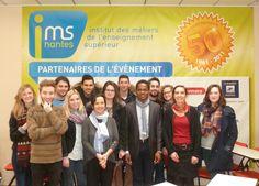 Photo de groupe avec les étudiants de l'IMS