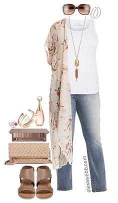 Plus Size Floral Kimono Outfit - Plus Size Summer Outfit Idea - Plus Size Fashion for Women - alexawebb.com #alexawebb #plussize #Plussizeclothesforwomenfashionideas