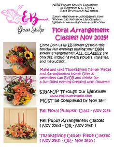 Flower arrangements for Fall Floral Arrangement Classes, Fall Flower Arrangements, Dish Garden, Flower Studio, Fall Flowers, Holiday Fun, Indoor Plants, Inside Plants, Autumn Flowers