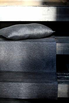 Linen bench cover and a sauna pillow, pellavainen laudeliina ja saunatyyny. Bench Covers, Pisa, Finland, Bedding, Textiles, Bath, Pillows, Inspiration, Design