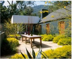 gravel, bushes, table