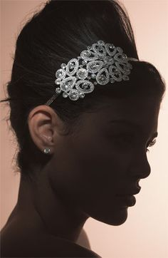 Tried this on at Nordstrom Bridal Suite and loved it...