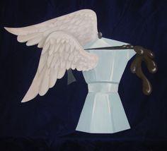 Angelo di una caffettiera. Dipinta su compensato sagomato. #caffettiera #saintcofeemaker  #coffemaker  #paintonwood #wingedcoffeemaker