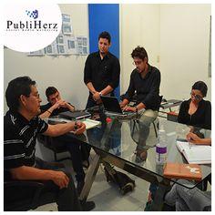 ¡El mejor equipo de ventas!  #SocialMedia #Publiherz  http://www.publiherz.com/