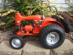 Tractor Sewing Machine