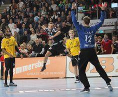 Handball-Bundesliga: HC Erlangen mit breiter Brust gegen Bayer Dormagen  (Foto: hl-studios, Erlangen): HC Erlangen – wie gegen Saarlouis will auch Denni Djozic auch gegen Dormagen jubeln  www.hc-erlangen.de/ #handball  #hcerlangen #hlstudios