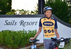Inspiring burns survivor Turia Pitt finishes Ironman triathlon in 13 hours after being told she would never run again - Yahoo7