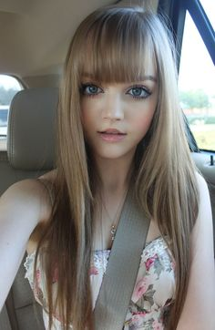 Does she look real to you !!!!!!!!!!!!!